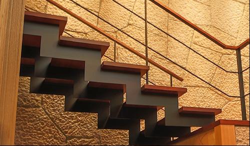 階段サイド面